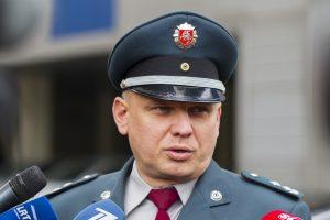 Policija: Lietuvoje keliauti saugu, automobilyje peilių vežiotis nereikia