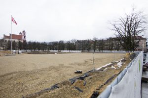 Užbaigti Lukiškių aikštės rekonstrukciją patikėta savivaldybės įmonėms