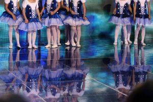 Vilniuje nukritęs nuo scenos susižalojo vaikas
