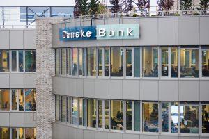 """Konkurentai aktyviai medžiojo """"Danske Bank"""" fondų perbėgėlius"""