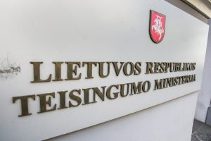 Socialdemokratai kritikuoja planus kurti Vyriausybės teisės centrą