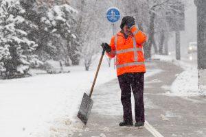 Žiemiški orai – papildomi pavojai darbo vietose
