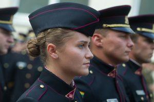 Kaip savo dieną pradeda Karo akademijos kariūnai?