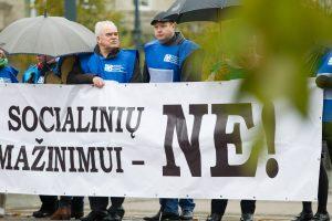 Seimas Darbo kodekso pataisas tikisi spėti priimti jau po rinkimų