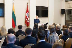 Prezidentė iškėlė uždavinius Lietuvos diplomatams
