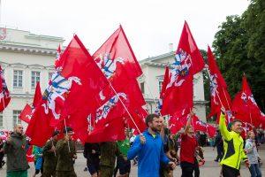 Vilniečius kviečia į bėgimą su istorinėmis vėliavomis