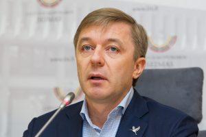 Planą nurėžti 18 mln. eurų kultūrai teisina gresiančia nauja krize