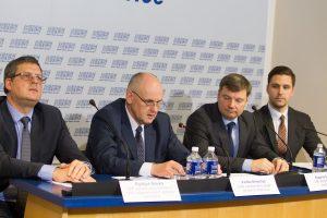 """Socialdemokratai prašo įvertinti, ar """"Agrokoncernas"""" neiškraipo rinkos"""