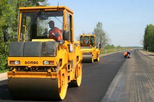 """""""Kelių priežiūra"""" planuoja atleisti 150 darbuotojų"""