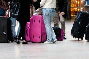 Valdžia susiginčijo dėl nuolaidų emigrantams