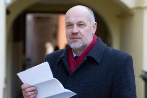 Ekspertai siūlo bazinę pensiją mokėti iš valstybės biudžeto, kelti mokesčius