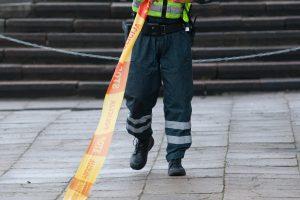 Vilniuje sprogimas į orą pakėlė šaligatvio plyteles