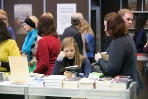 Kas Lietuvoje vis dar skaito knygas?