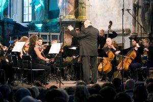 Paryžiuje K. Donelaitis pagerbtas koncertu