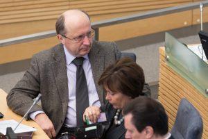 Vyriausybės ataskaitai – opozicijos kritika ir premjero liaupsės