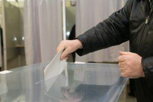 Ar kalintys už sunkius nusikaltimus verti balsavimo teisės?
