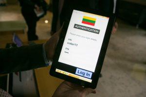 Seimo pirmininkė abejoja elektroninio balsavimo nauda