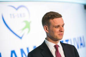 Konservatorių gretose jau kyla maištas prieš jaunąjį lyderį?