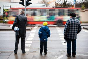Alytuje pėsčiųjų perėjoje sunkiai sužalotas vaikas