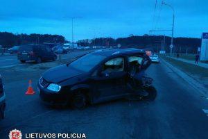 Vilniuje susidūrė autobusas ir automobilis, tarp nukentėjusiųjų – vaikai