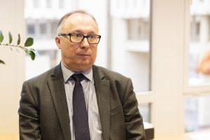 """Politologas: susiskaldžiusi opozicija neišnaudoja """"valstiečių"""" klaidų"""
