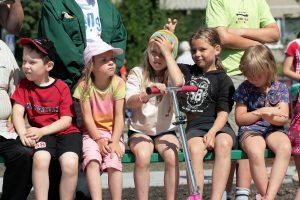 Įteisinta: į priešmokyklinį ugdymą – nuo penkerių