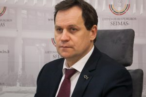 Dėl prezidento posto ruošiasi kovoti ir V. Tomaševskis