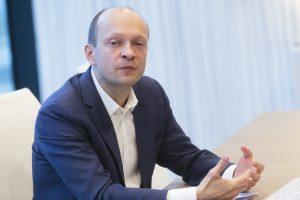 """""""Swedbank"""" Baltijos šalių makroekonomikos tyrimams vadovaus N. Mačiulis"""