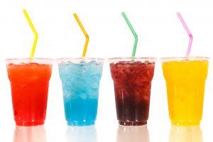 PSO ragina valstybes apmokestinti saldžius gėrimus