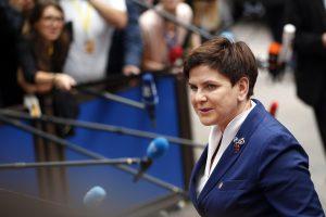 NATO viršūnių susitikimui besiruošianti Lenkija ramina kritikus ES
