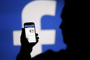 Kam priklauso socialiniuose tinkluose publikuojama informacija?