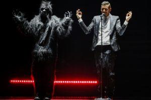 """Italijai pergalę """"Eurovizijoje"""" lems """"nuogos gorilos"""" šokis?"""