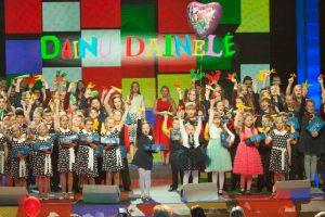 """""""Dainų dainelės"""" laureatai – Nacionalinio operos ir baleto teatro scenoje"""