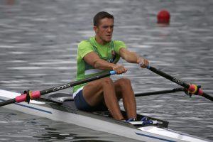 Lietuviai tęsia kovą dėl pasaulio jaunių irklavimo čempionato medalių
