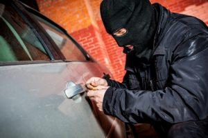 Kauno rajone pavogtas 20 tūkst. eurų vertės automobilis