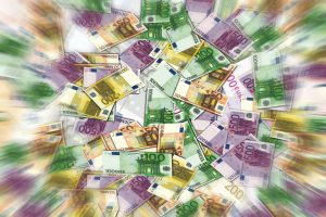 Iki birželio 1 d. reikia deklaruoti ir sumokėti 2015 metų pelno mokestį