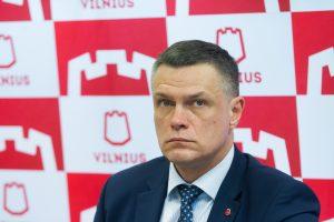 Vilniaus vicemerui L. Kvedaravičiui opozicija grasina interpeliacija