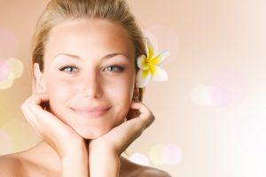 Grožio atmintinė rudeniui: 5 būtini įpročiai pasirūpinti oda
