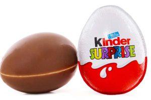 """Kova su nutukimu: Čilė uždraudė """"Kinder Surprise"""" ir """"Happy Meal"""""""
