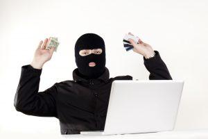 Juodasis penktadienis: kaip saugiai apsipirkti internete?