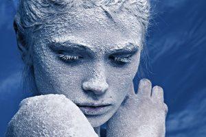 Mirštanti britė paauglė įtikino teisėją leisti užšaldyti jos kūną