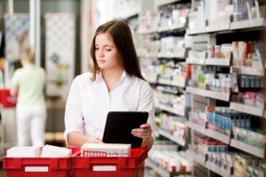 Dauguma peršalimą gydosi patys, trečdalis pageidautų vaistų degalinėje