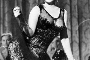 """M. Monroe suknelė iš filmo """"Džiaze tik merginos"""" bus parduota aukcione"""