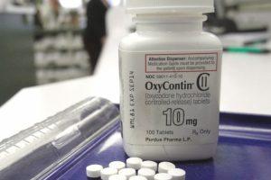 JAV įveda kvotas opioidiniams vaistams