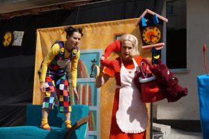 Jaunimo teatro dovana ligoniukams – spektaklis apie Kakę Makę
