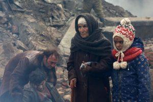 Žemės drebėjimo ir kraujo karų siaubas (filmų apžvalga)