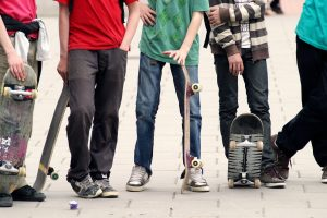 Vaikų namų auklėtinio atsisveikinimas pasireiškė agresija