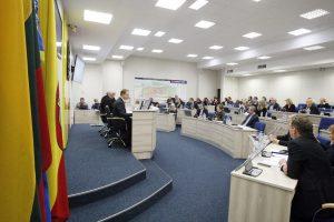 Posėdyje įsižiebė diskusija dėl lygių moterų ir vyrų teisių