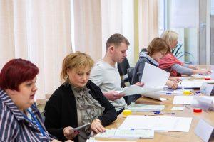 Aktyviau praneša apie rinkimų pažeidimus: policija pradeda vis daugiau tyrimų