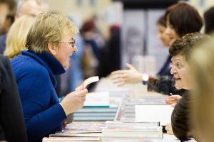 Literatūrinio vyksmo tendencijos: nuo knygų klubų iki netradicinių skaitymo erdvių